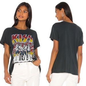 NWT Daydreamer Kiss On Tour Graphic Tee Revolve
